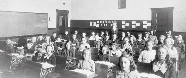Historic photo of students at King Edward. Courtesy of the Glenbow Archives, NA-1855-2