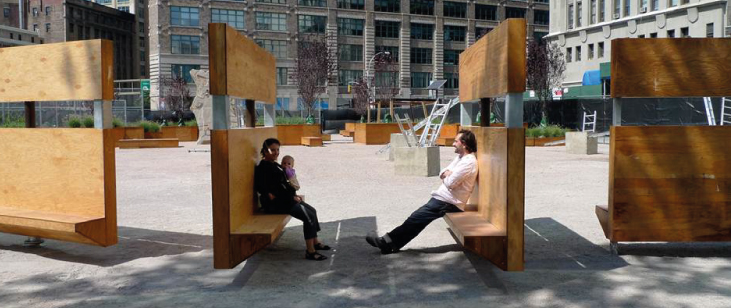 "Lentspace in New York features ""a moveable sculptural fence"""